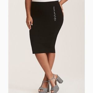 💙Torrid Black Ponte Pencil Skirt Size 1 NWOT 💙